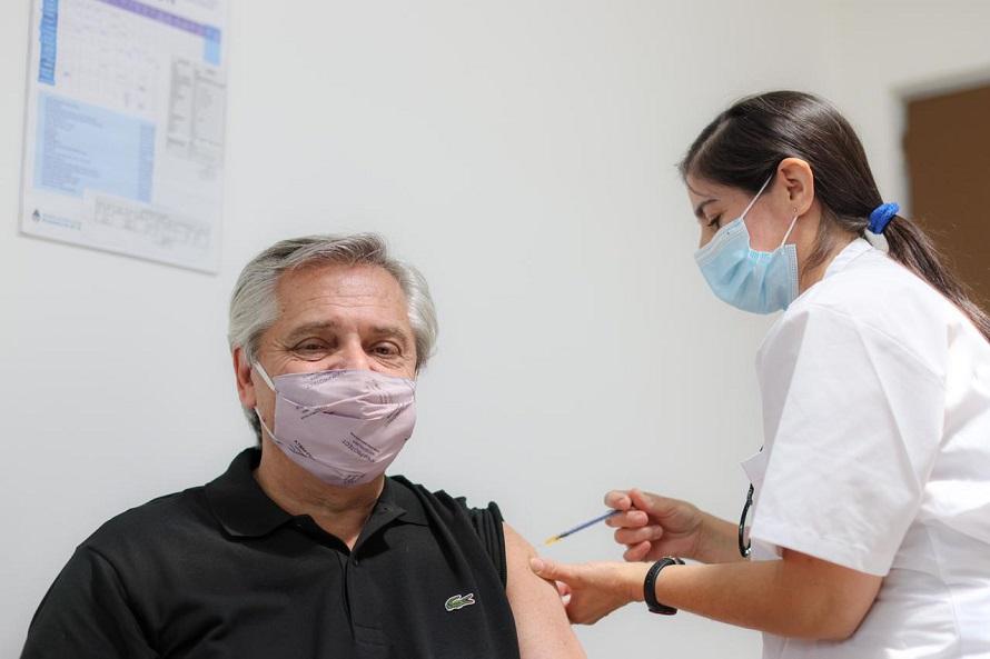 """Fernández con coronavirus: recuerdan que la Sputnik V es """"91,6% efectiva contra infecciones"""""""