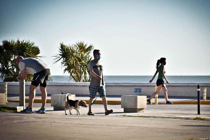 Días de altas temperaturas en Mar del Plata: cómo evitar un golpe de calor