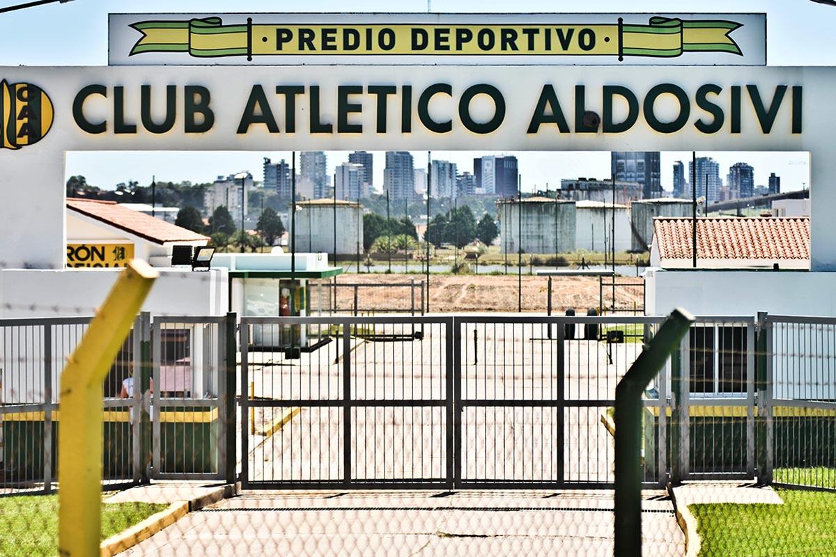"""Aldosivi repudió el ataque al colectivo y afirmó que Lucero está """"en perfecto estado"""""""