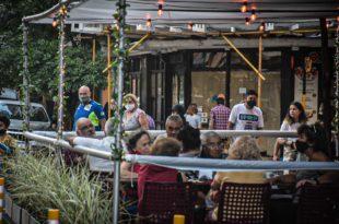 Empresarios gastronómicos piden que Kicillof elimine las restricciones nocturnas