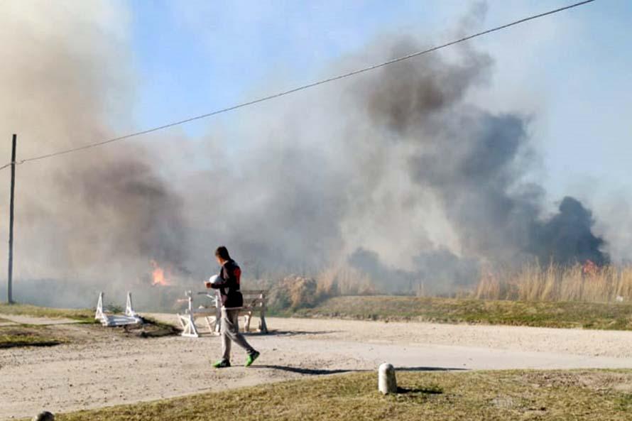 """Por el calor y la sequía, advierten que el riesgo de incendios es """"extremo"""""""