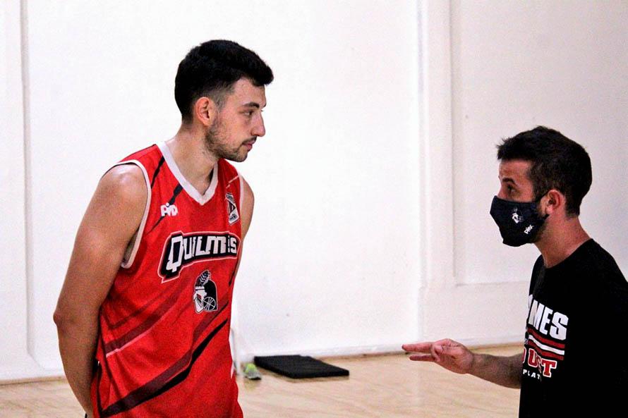Nicolás Bravo y Manuel Gelpi con la mira puesta en la Liga Argentina de básquet (Foto: prensa Quilmes)