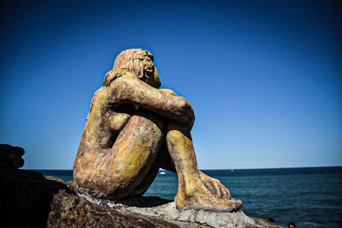 """Impulsan la creación de un """"Sendero de la Mujer"""" alrededor de la escultura de Playa Chica"""