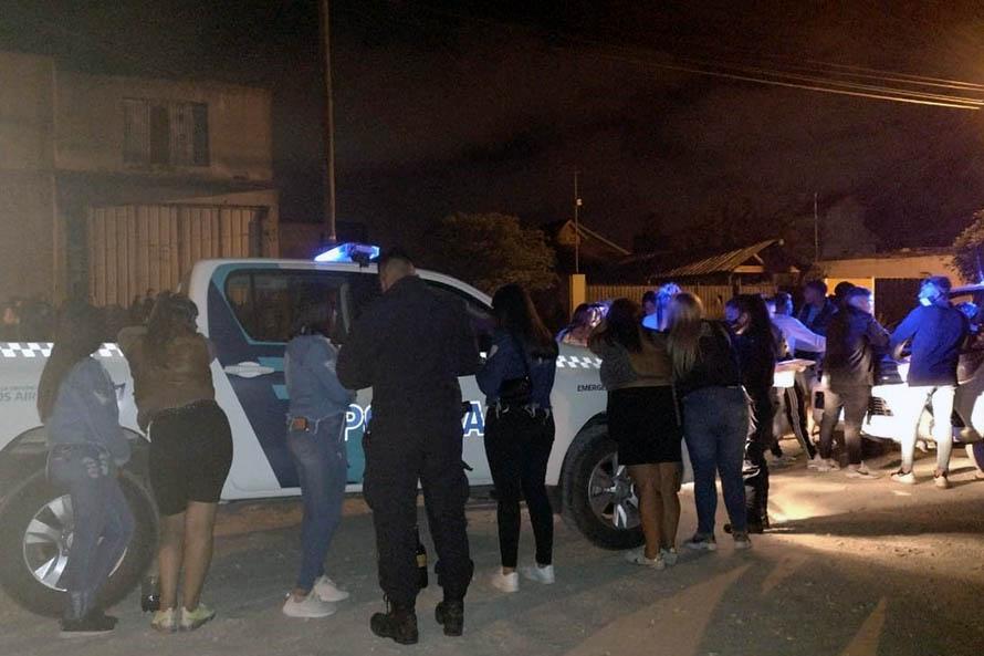 Desarticulan una fiesta clandestina de veinte personas en el barrio Libertad