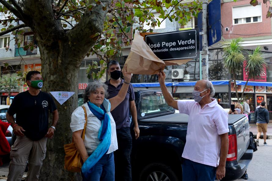 Vandalizaron el homenaje al desaparecido José Verde en Tribunales