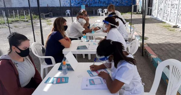 Vacunación: llegaron más de 13 mil dosis y abrieron nuevos centros en Mar del Plata