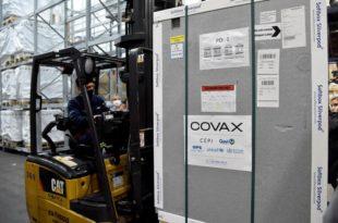 Coronavirus: llegaron al país otras 864 mil dosis a través del mecanismo Covax