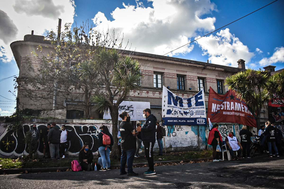 La sede local de Desarrollo Social y una nueva protesta por trabajo y alimentos