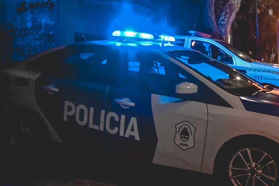Robo, extensa persecución, disparos y choques: cuatro detenidos