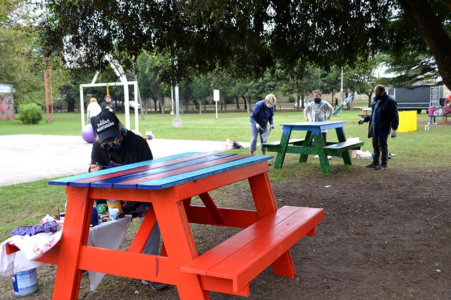 Artistas marplatenses intervinieron la zona de food trucks de Parque Primavesi