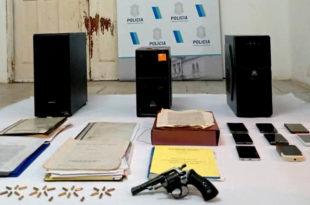 Detienen a un hombre acusado de falsificar títulos de propiedad