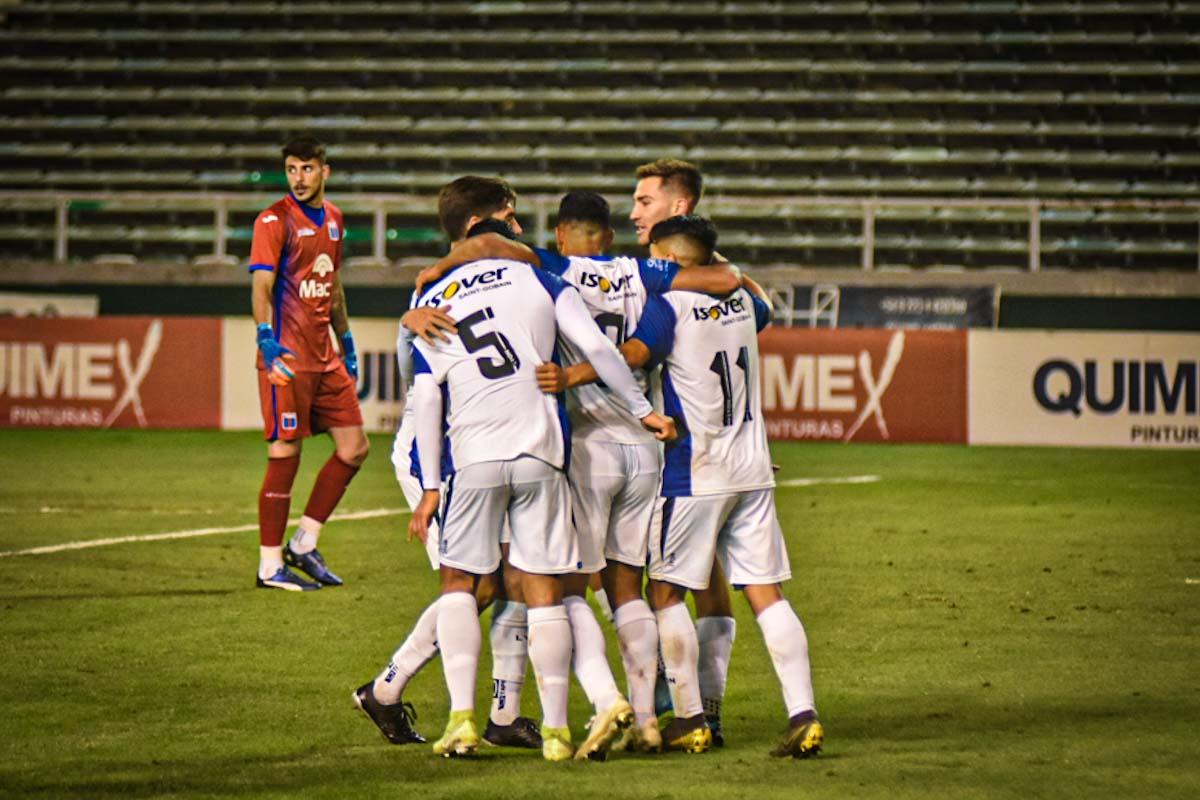 Un Alvarado intenso consiguió un empate ante Tigre