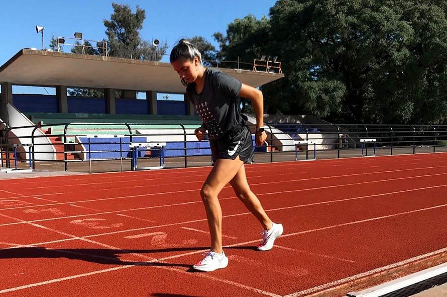 Micaela Levaggi, la atleta marplatense que viaja al Sudamericano gracias a Santiago Maratea