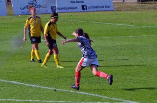 Fútbol femenino: la marplatense Bárbara Calvo anotó su primer gol en Huracán