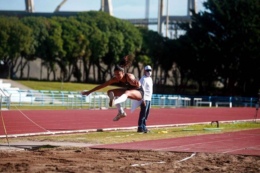Atletismo: bronce para Holgado y Durá en el Sudamericano Sub 20