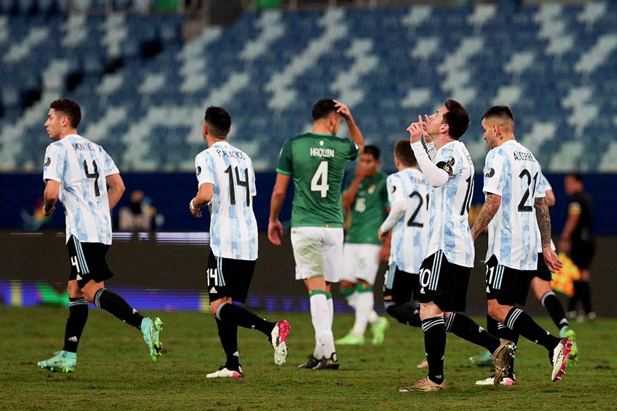 Con la vuelta del público, Argentina recibe a Bolivia en el cierre de la triple fecha