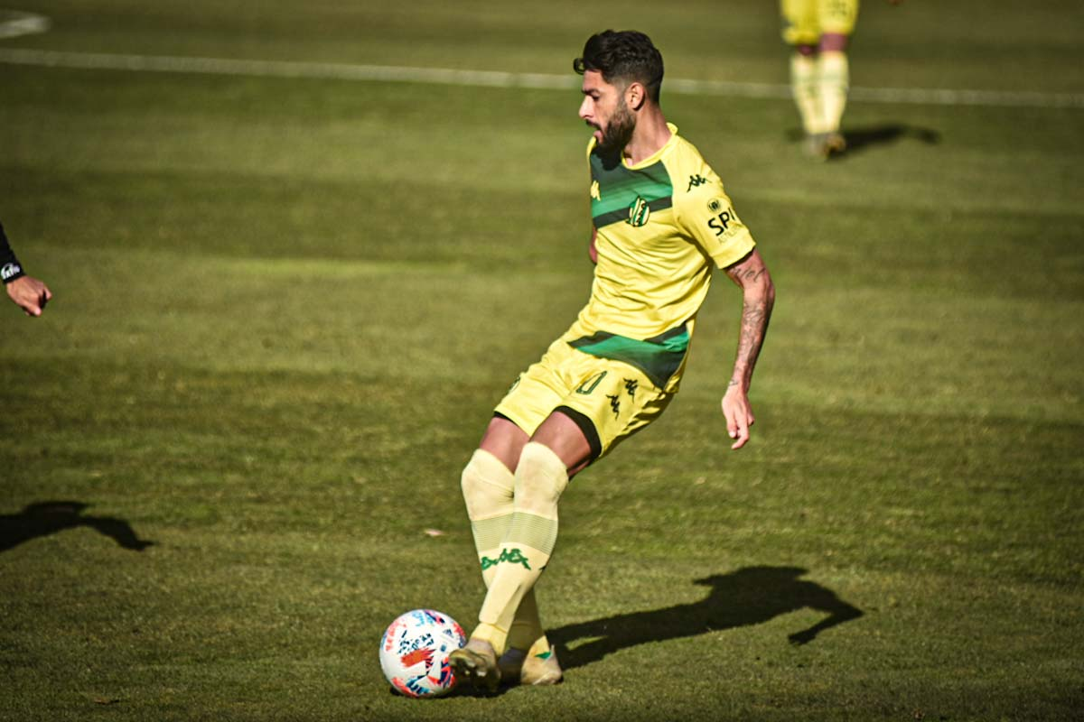 Tras una semana compleja, Aldosivi busca reponerse ante Vélez