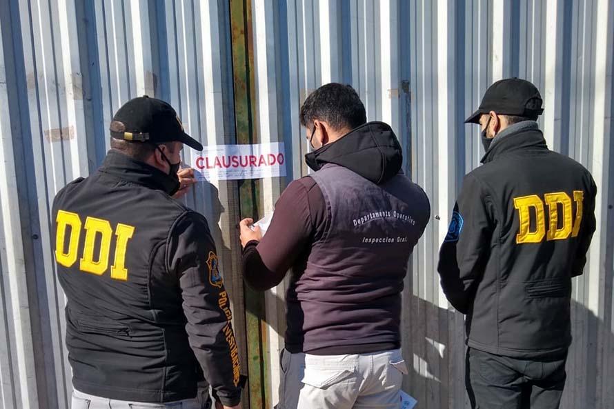 Múltiples allanamientos en chatarreras por robo de medidores de agua y de gas