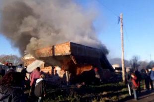 Homicidio en La Herradura: allanamientos, represión y una casa incendiada
