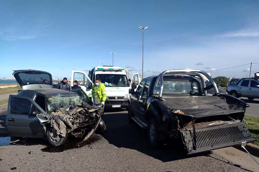 Violento choque en la costa: el conductor fue detenido por intento de homicidio