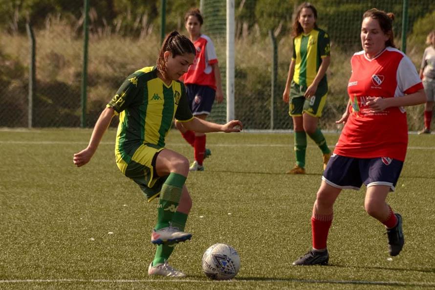 Con el Torneo Oficial 2021, regresó la actividad del fútbol femenino marplatense