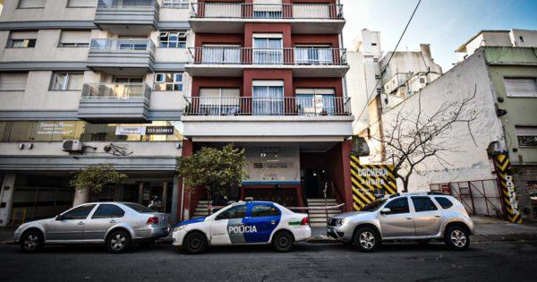 Encontraron muertas a tres jóvenes en un departamento del centro
