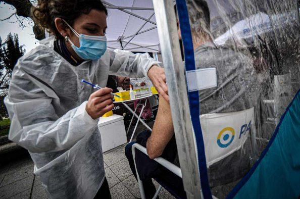 Coronavirus: por primera vez, la vacunación itinerante llega a la cárcel de Batán