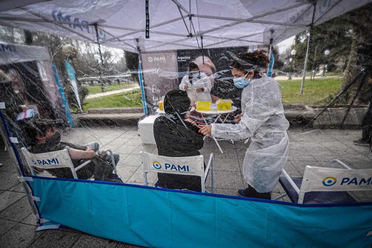 Vacunación contra el coronavirus: el nuevo cronograma de las postas itinerantes