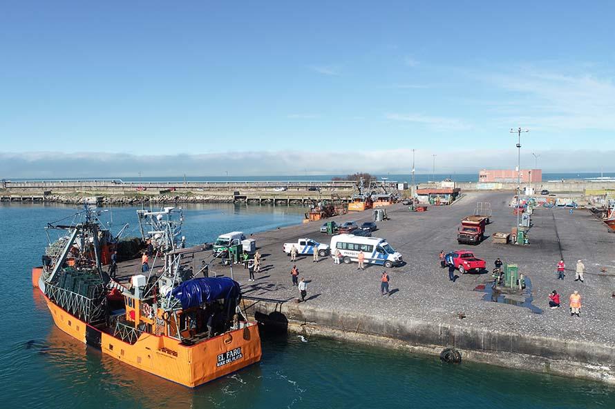 """Hundimiento del """"Siempre San Salvador"""": los tripulantes llegaron a Mar del Plata"""