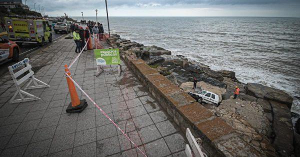 Se despistó un auto y cayó al vacío en Gascón y la costa: el conductor salió ileso