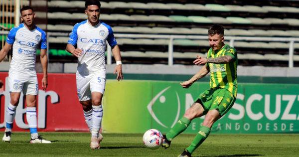 Aldosivi fue goleado por Godoy Cruz y agudizó su mal momento