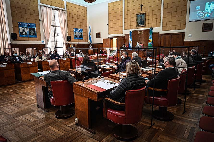 El Concejo Deliberante trata la emergencia en seguridad y el aumento de taxis