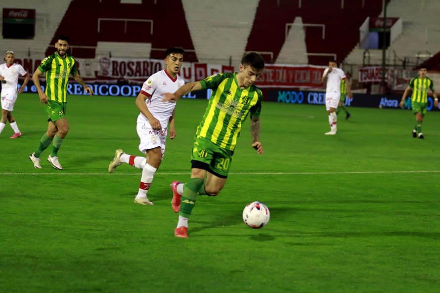 Aldosivi sumó su tercera derrota consecutiva ante Huracán