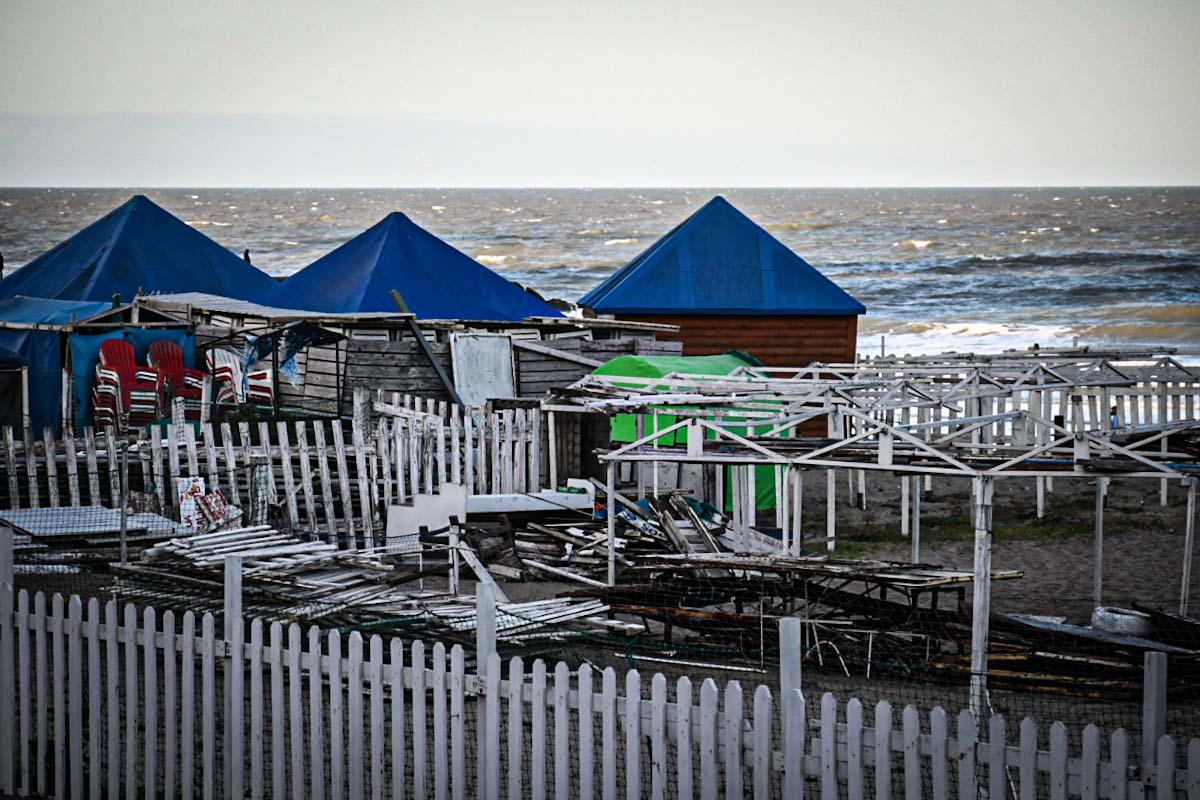 Playas y permisos precarios: el Concejo espera más explicaciones del Emtur